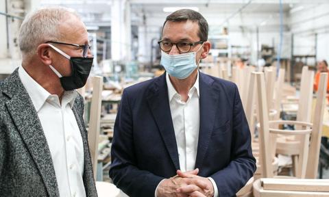 Premier: Przemysł meblarski to nasza perła wśród wielu branż