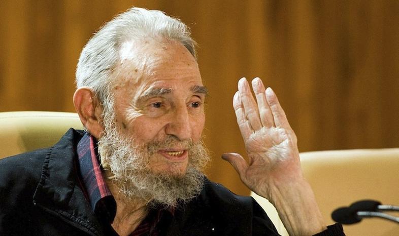 Fidel Castro dementuje plotki o własnej śmierci