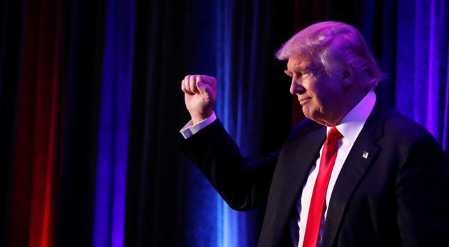 Trump zapowiada, że całkowicie wycofa się z biznesu