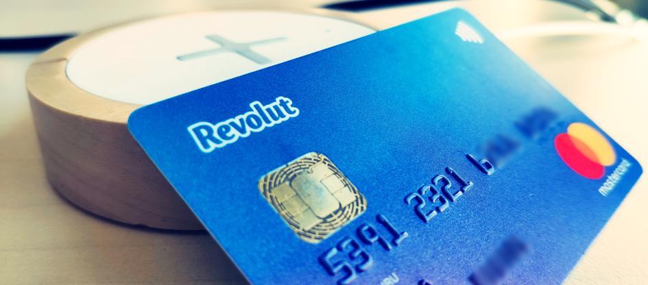 Karta Revolut: czy to dobra alternatywa dla tradycyjnego banku?