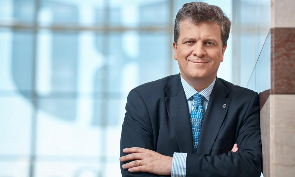 Jan Emeryk Rościszewski zrezygnował z funkcji prezesa PKO BP. Zastąpi go Iwona Duda