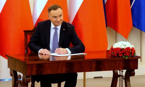 Prezydent Duda podpisał ustawę wprowadzającą program Kolej Plus