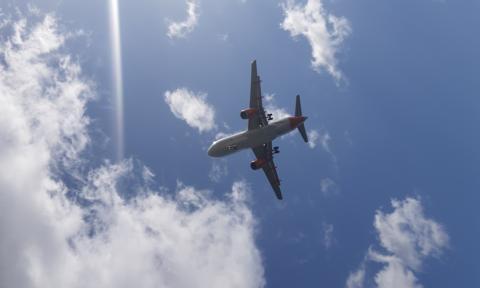 32 tys. pracowników linii lotniczych w USA na przymusowych bezpłatnych urlopach