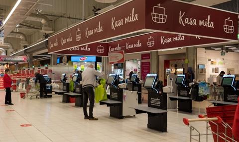 Auchan wdraża kasy samoobsługowe