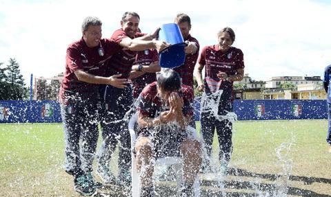 Nie żyje Patrick Quinn, współtwórca akcji Ice Bucket Challenge