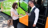 FlixBus wprowadza sprzedaż biletów w autobusach