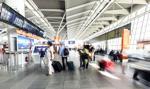 Zakaz wejścia do terminalu osób niebędących pasażerami zniesiony