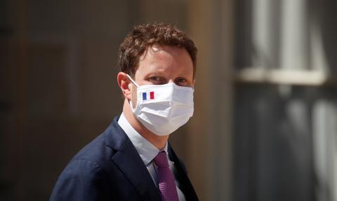 """Francuski minister: AstraZeneca """"kpi z Europejczyków"""", rozmowy o Sputniku to """"cios komunikacyjny"""""""