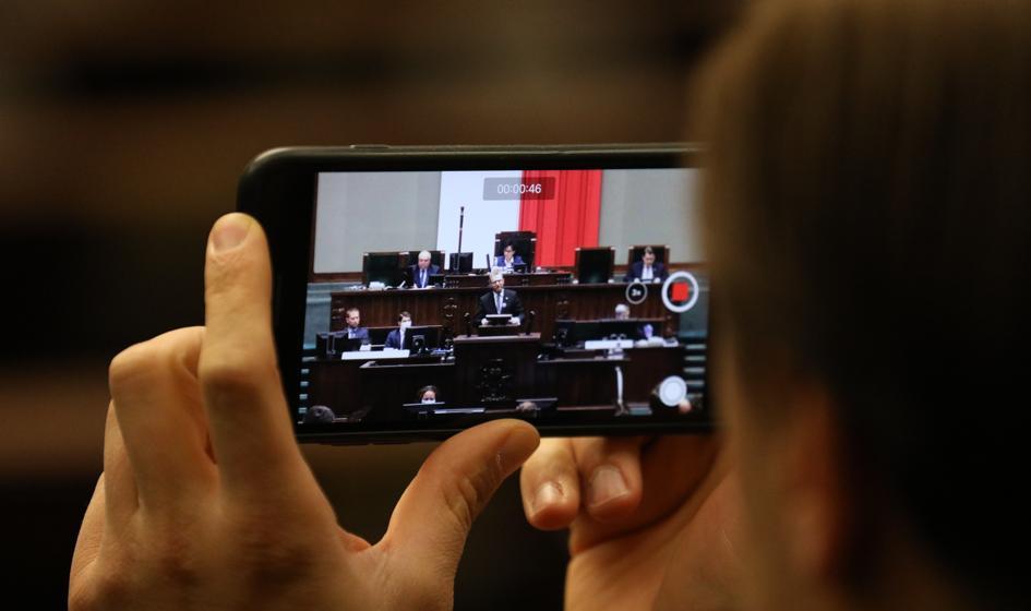 Posłowie KO zapowiadają interwencje w NIK i CBA ws. luki w przepisach ustawy covidowej