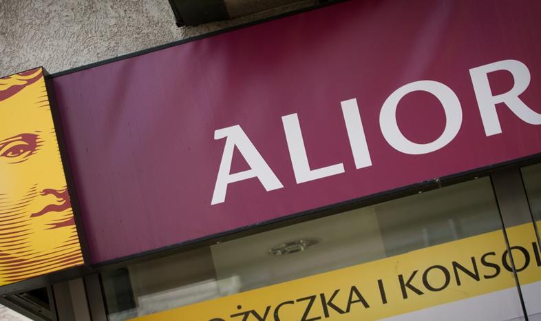Kosztowne bezkrólewie w Alior Banku