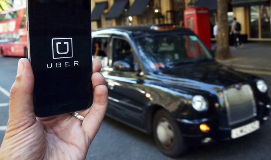 Po przegranej w sądzie Uber uznał kierowców za pracowników