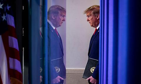 Trump nie zamierza na razie zakładać partii politycznej