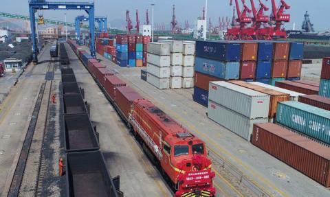Wzrost przewozów kolejowych UE-Chiny szansą dla Polski