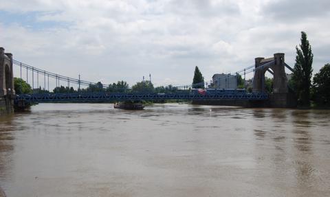 Blisko 130 mln zł z funduszy UE na udrożnienie żeglugi na Odrze