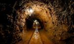 Ratownicy kończą budowę tam w kopalni CSM