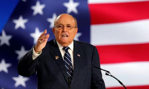 Zawieszenie licencji adwokackiej Rudy'ego Giulianiego podtrzymane