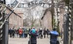 USA: Żydzi protestują pod polskim konsulatem przeciw pisaniu na nowo historii o Holokauście