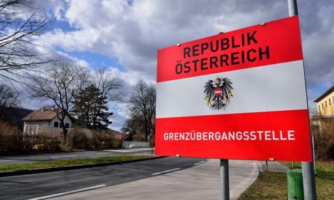 Od 19 maja otwarcie restauracji, hoteli i placówek kulturalnych w Austrii
