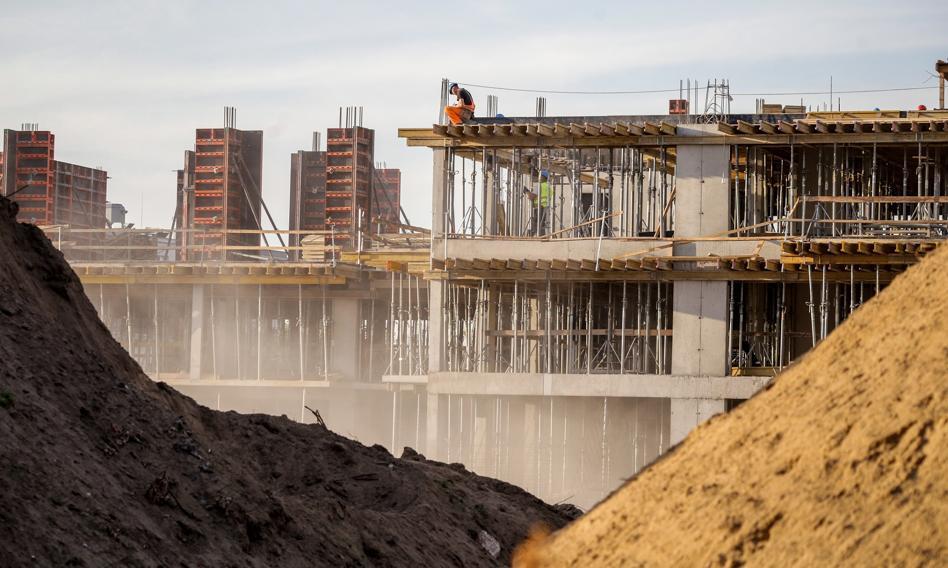 Mieszkania wciąż drożeją, choć znacznie wolniej niż przed rokiem