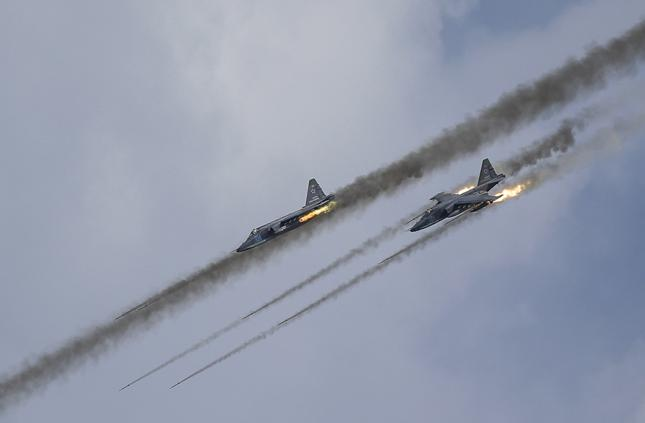 Rosja będzie miała stałą bazę lotniczą w Syrii