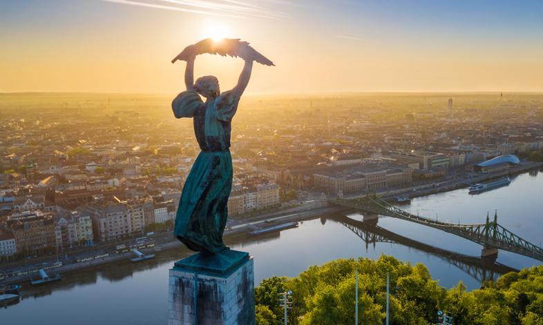Węgry przedstawiły szczegóły planu obrony gospodarki przed skutkami pandemii