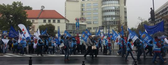 związkowcy protestują