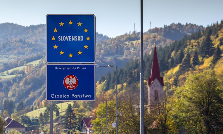 Słowacja zamknęła część przejść granicznych z Polską