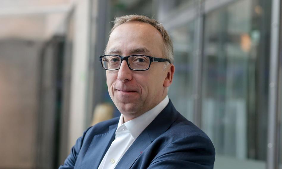 Zmiany personalne w RPP? PO konsultuje kandydaturę Jakuba Karnowskiego