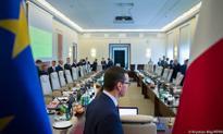 Rząd Morawieckiego szykuje budżet bez deficytu