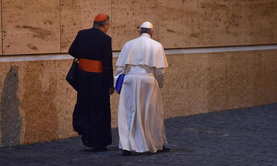 Watykan: pieniądz musi służyć, a nie rządzić