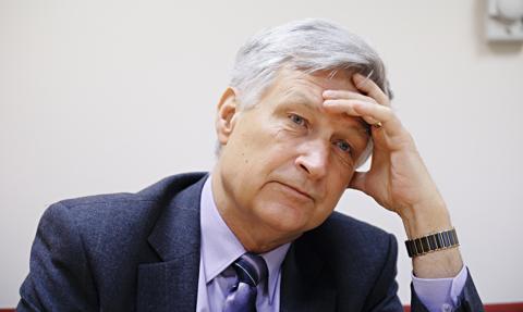Kuczyński: Powrót październikowej smuty