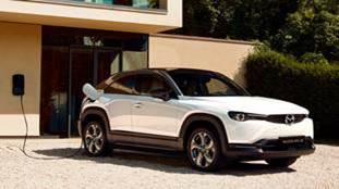 Nowa, elektryczna Mazda MX-30 teraz z Ekodopłatą Mazdy już za 810 zł netto miesięcznie