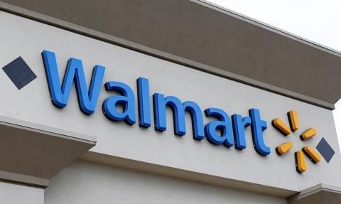 USA: Walmart przed wyborami wycofuje z półek broń i amunicję