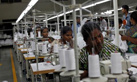 Raport: zapotrzebowanie na pracowników w przemyśle najwyższe od 2 lat