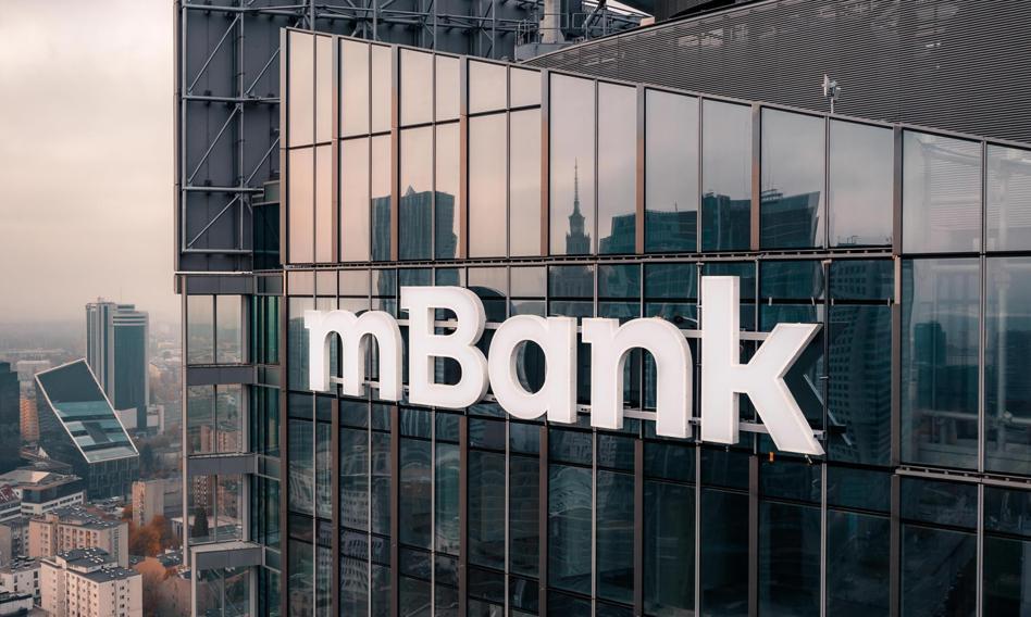 """Fitch Ratings przyznał rating """"'BBB-"""" obligacjom mBanku o wartości 500 mln euro"""