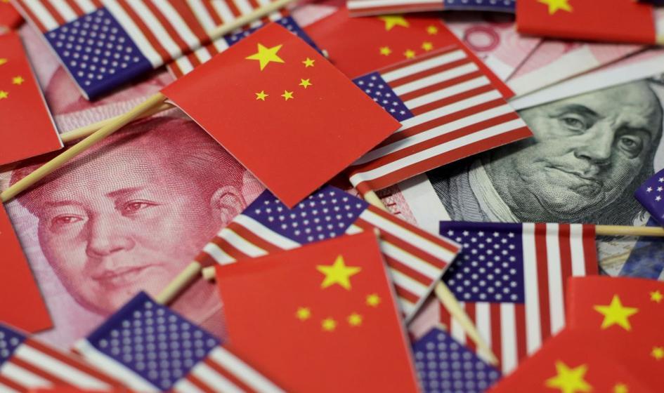 Chiński przemysł w dołku, amerykański na górce