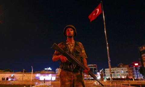 Turecki minister oskarżył USA o wspieranie puczu w 2016 r.
