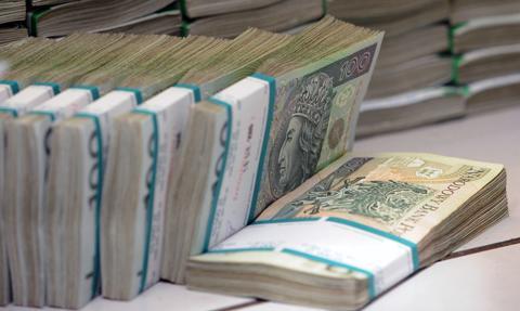 Wyłudzili co najmniej 120 mln zł z VAT-u. ABW zatrzymała kolejnych podejrzanych