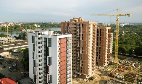 Ceny mieszkań trudniejsze do negocjacji niż wiosną i przed rokiem