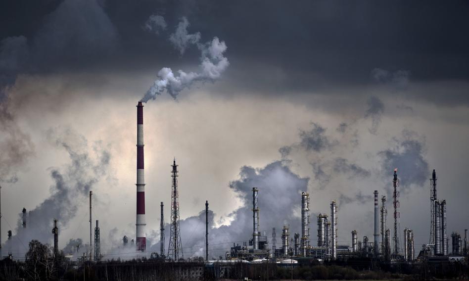 Braki surowców i półfabrykatów mogą wyhamować polski przemysł