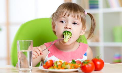 Zakupy żywności ekologicznej w placówkach oświatowych mają być dotowane
