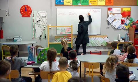 Polska w unijnej czołówce pod względem liczby nauczycieli. Wykresy, które warto zobaczyć
