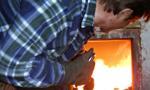 Raport PAS: Polacy nadal palą śmieciami