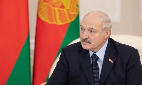 Łukaszenka: Pod Warszawą i w Kijowie działają centra służb USA