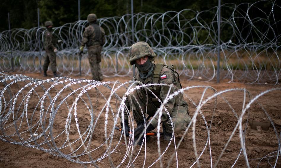 Kolejna śmierć na granicy z Białorusią. Zmarł imigrant z Iraku