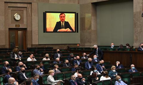 Sejm zdecydował, że 40 tys. firm zapłaci dodatkowy podatek