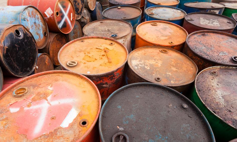 """Ropa tanieje: OPEC musi """"popracować"""" z Iranem i Rosją, bo inaczej nie będzie cięcia"""