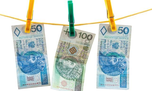 KredytOK - oferta pożyczek ratalnych. Jakie są ich zalety?