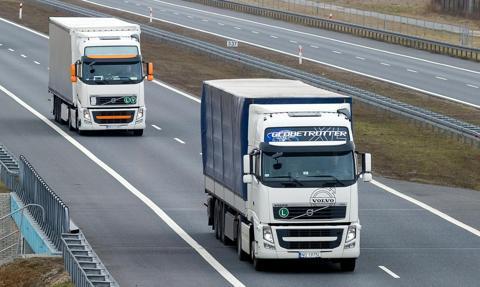 """Firmy transportowe walczą z """"jeżdżeniem na pusto"""""""