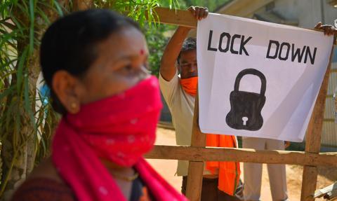 Indie: znów rekordowy wzrost liczby zakażeń koronawirusem